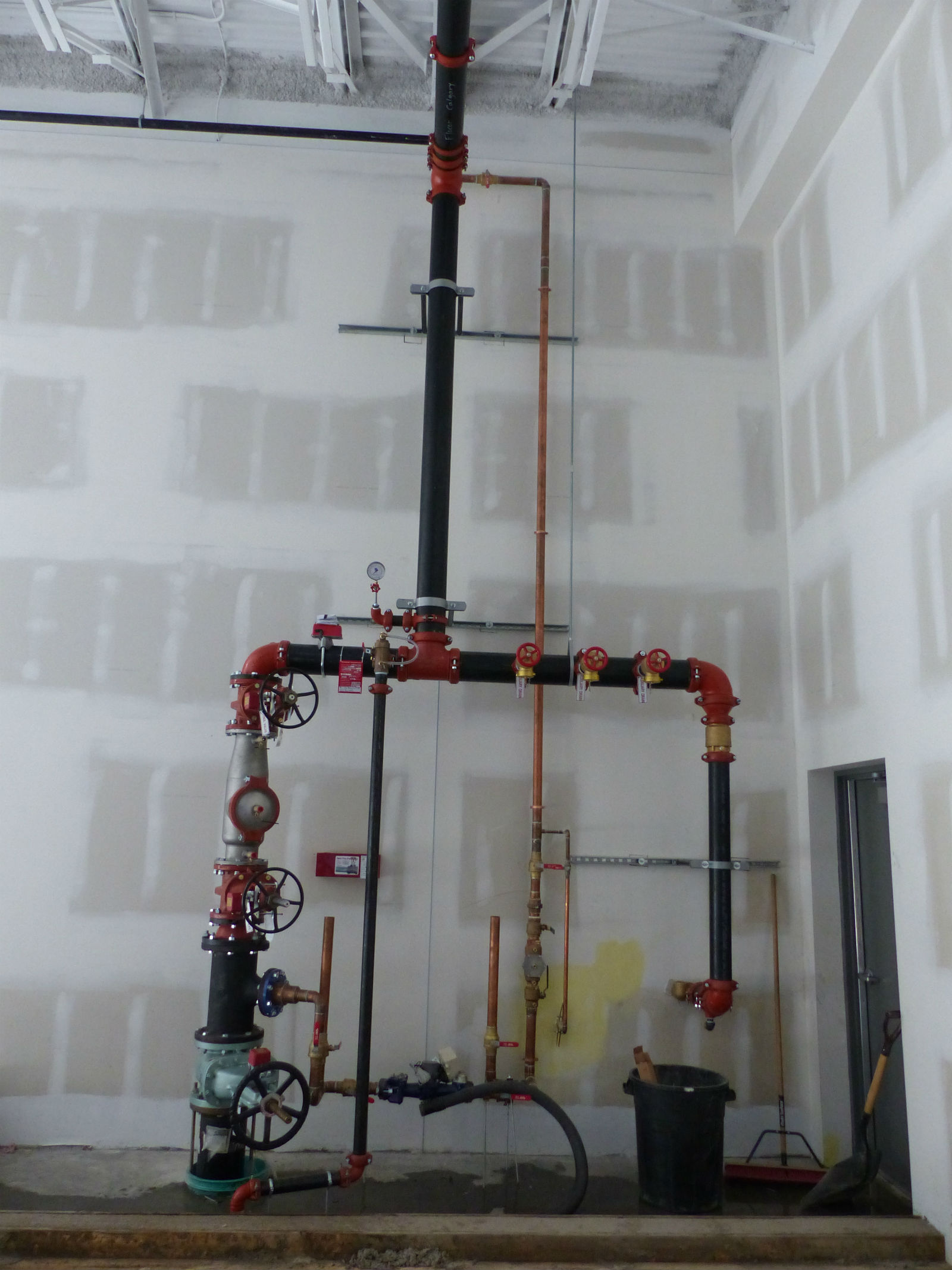 Wet pipe fire sprinkler systems